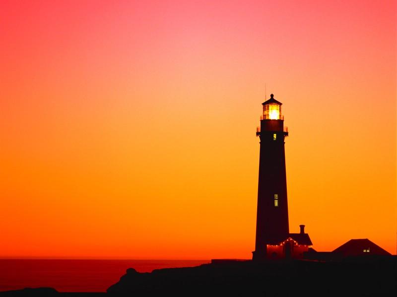 日落晚霞与灯塔壁纸,自然风景壁纸,大自然朴实的景色,高清晰风景壁纸