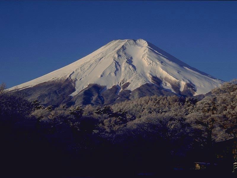 唯美富士山高清风景桌面壁纸图4 55壁纸大全