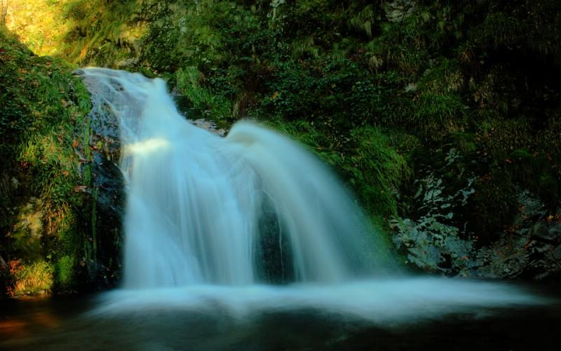 壁纸 风景 旅游 瀑布 山水 桌面 800_500