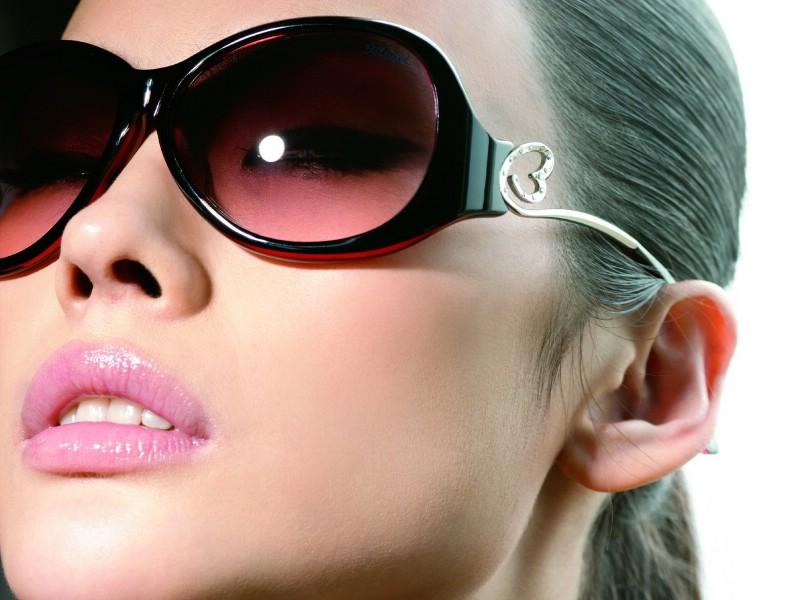 壁纸 王心凌/迷人电眼眼镜美女模特高清壁纸壁纸11