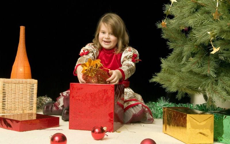 可爱宝宝过圣诞 圣诞节小孩子图片壁纸 快乐圣诞节圣诞人物主题摄影二