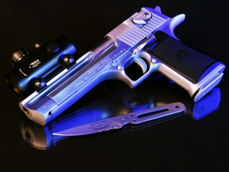 枪械专辑壁纸 枪械壁纸壁纸图片 静物壁纸 静物图片素材 桌面壁纸