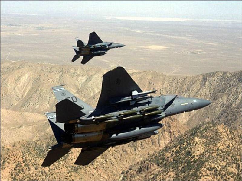 F15鹰式战斗机专辑壁纸 F15鹰式战斗机壁纸壁纸 F15鹰式战斗机壁纸图片 F15鹰式战斗机壁纸素材 军事壁纸 军事图库 军事图片素材桌面壁纸