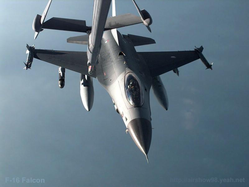 F16隼式战斗机专辑壁纸 F16隼式战斗机壁纸壁纸 F16隼式战斗机壁纸图片 F16隼式战斗机壁纸素材 军事壁纸 军事图库 军事图片素材桌面壁纸