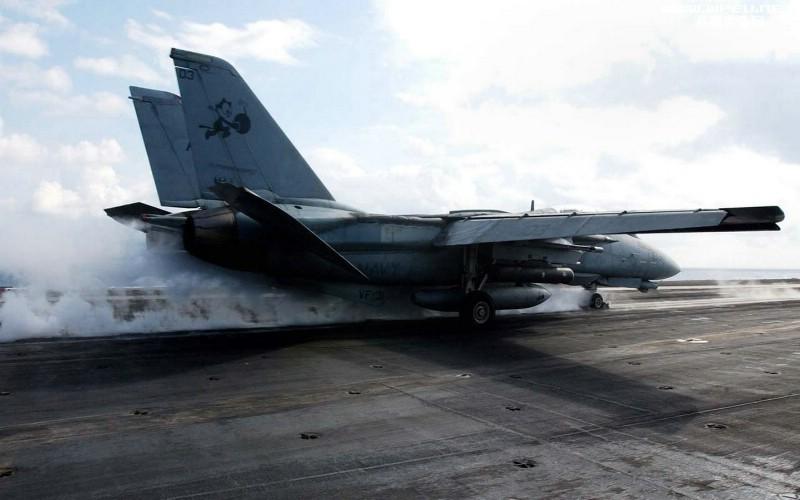 美国海军F14雄猫战斗机壁纸 美国海军F14雄猫战斗机壁纸 美国海军F14雄猫战斗机图片 美国海军F14雄猫战斗机素材 军事壁纸 军事图库 军事图片素材桌面壁纸