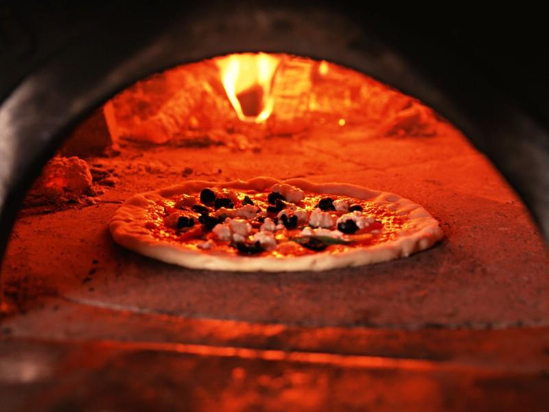 Pizza 2 13壁纸 Pizza壁纸 Pizza图片 Pizza素材 美食壁纸 美食图库 美食图片素材桌面壁纸