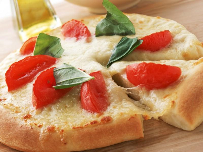Pizza 2 11壁纸 Pizza壁纸 Pizza图片 Pizza素材 美食壁纸 美食图库 美食图片素材桌面壁纸