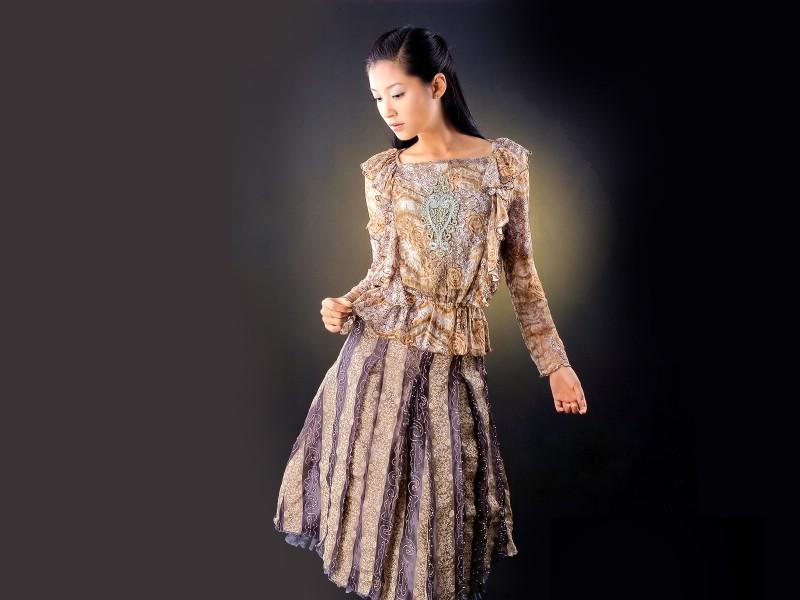 东方美女时装秀图片+东方美女时装秀素材