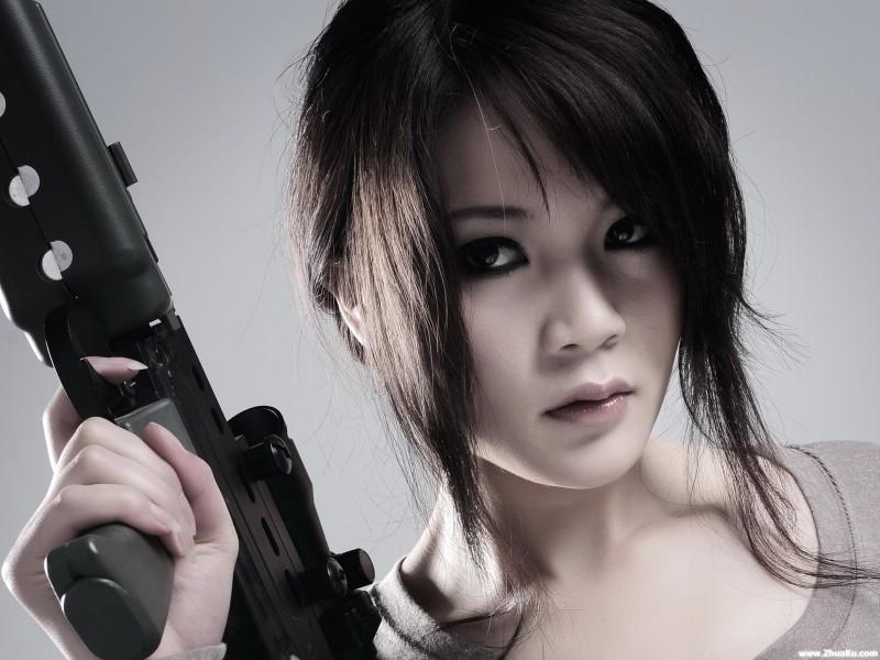 军事美女 高清酷黑壁纸 壁纸1壁纸 军事美女 高