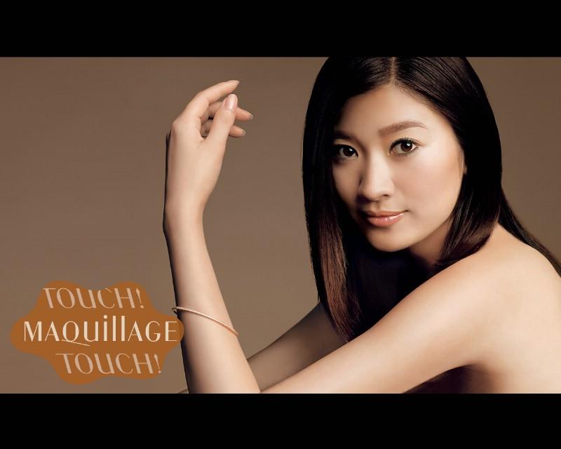 日本美女广告壁纸素材+明星壁