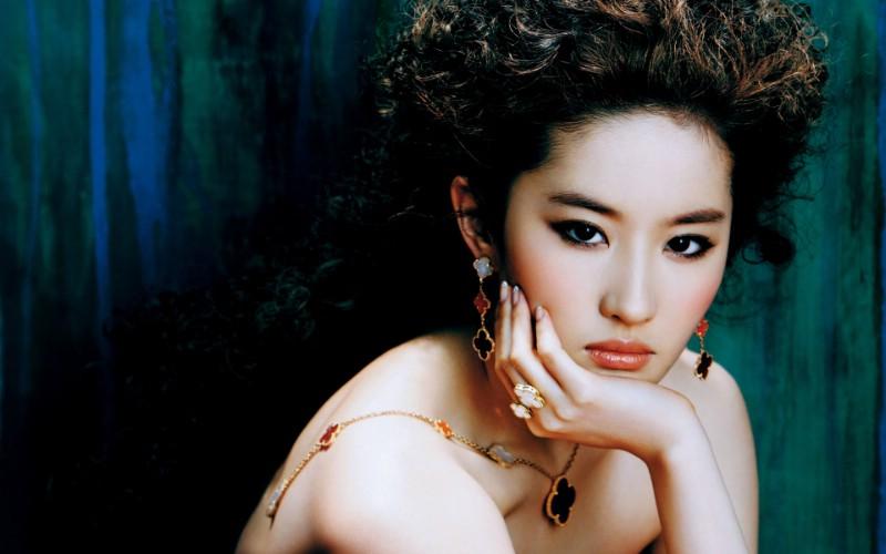 刘亦菲写真 1 21壁纸 女星模特 刘亦菲写真 第一