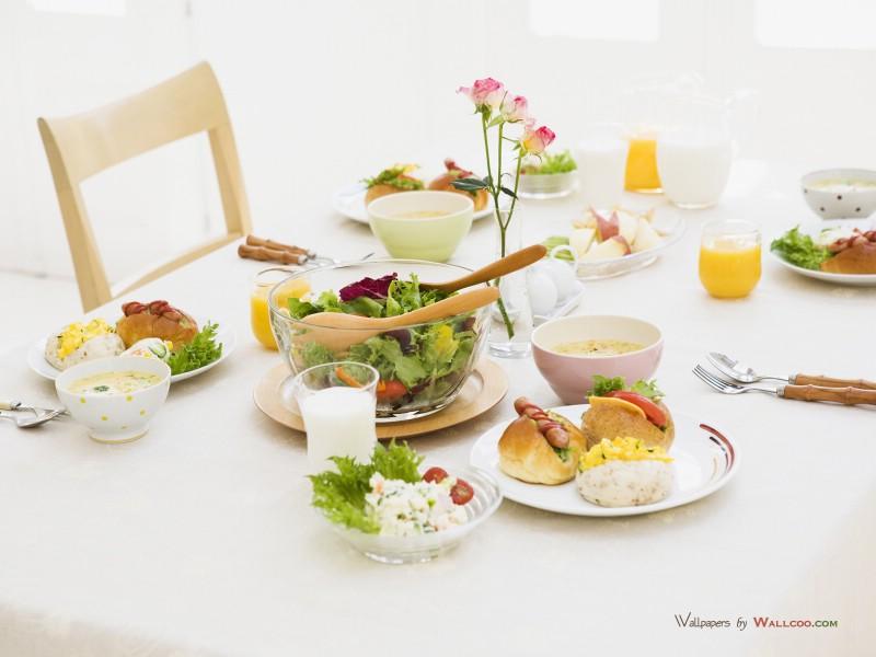 早餐美食+a早餐美食餐桌波士顿介绍的英文图片与图片