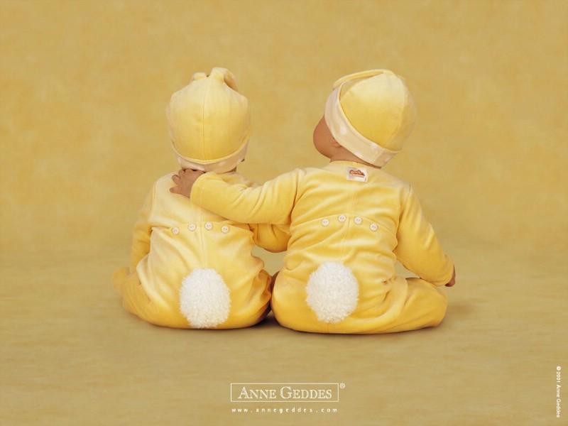 双胞胎宝宝图片壁纸,双胞胎宝宝壁纸